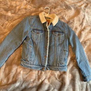 Levi's Denim Jacket Size Small